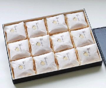 《輪島・柚餅子総本家 中浦屋》柚子最中12個入