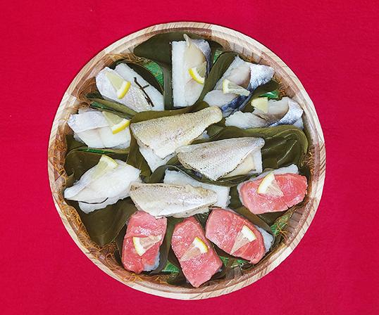 《金沢・金澤玉寿司》柿の葉寿司&笹寿司詰合せ